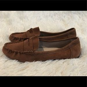 NWOT Merona Genuine Suede Leather Shoes
